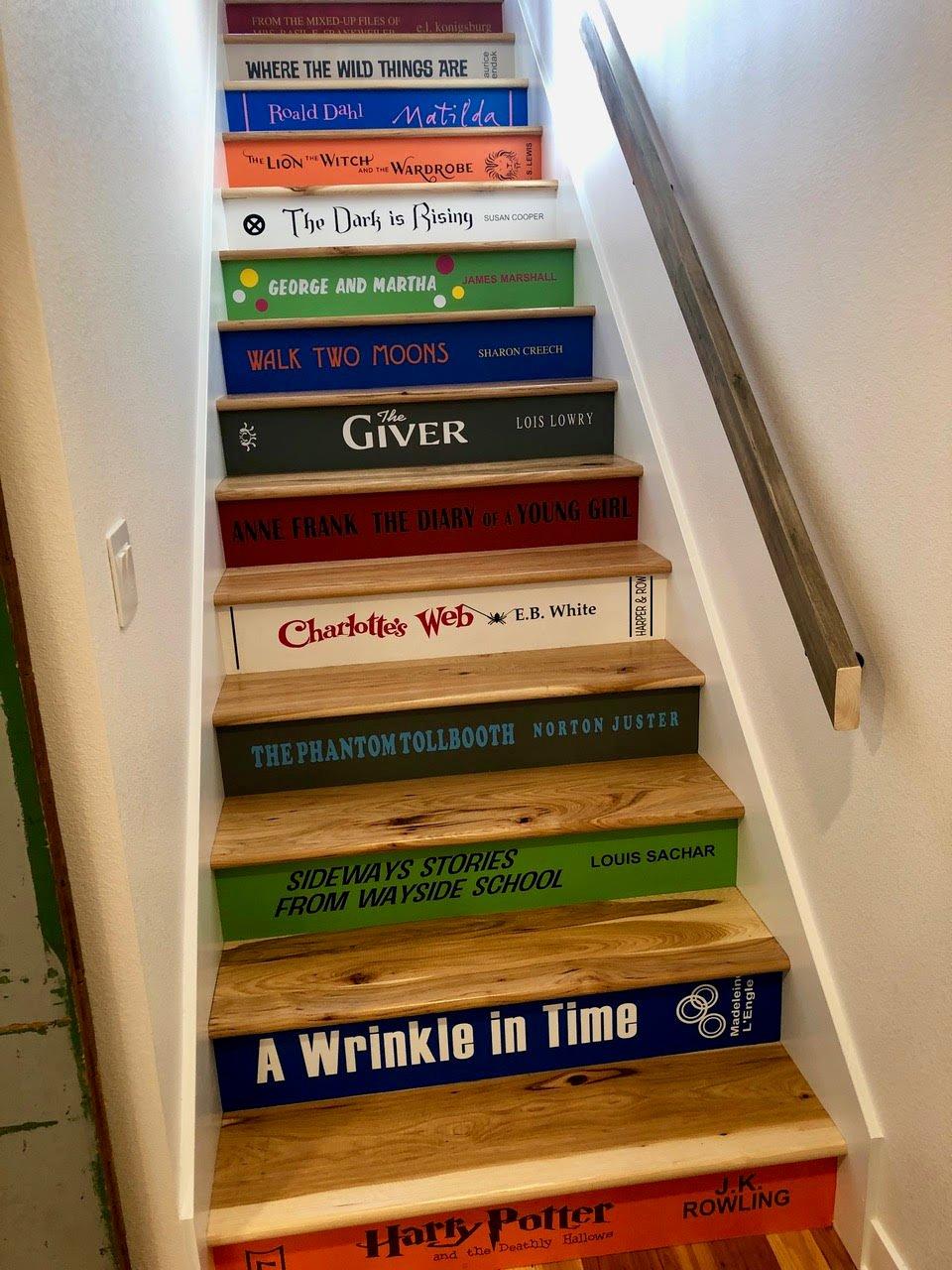 CHILDREN STAIRS