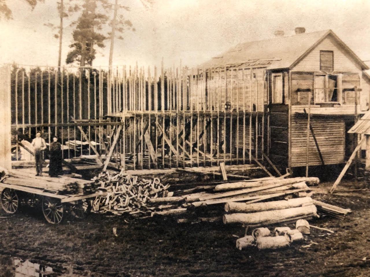old PINE loDGE